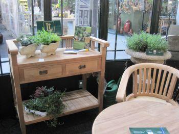 Blumentopf-Tisch Betawi aus Teak