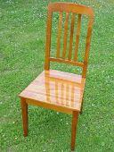 Hochlehniger Stuhl, massiv Kirschholz